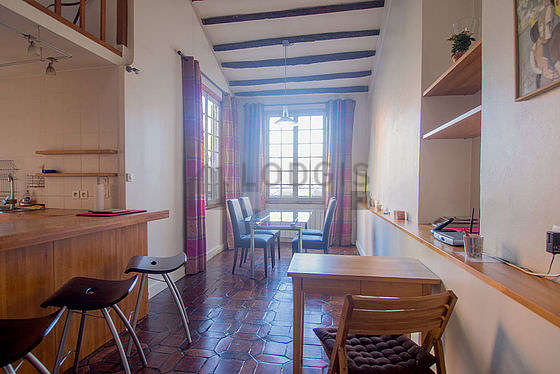 Great dining room with tile floor for 4 person(s)