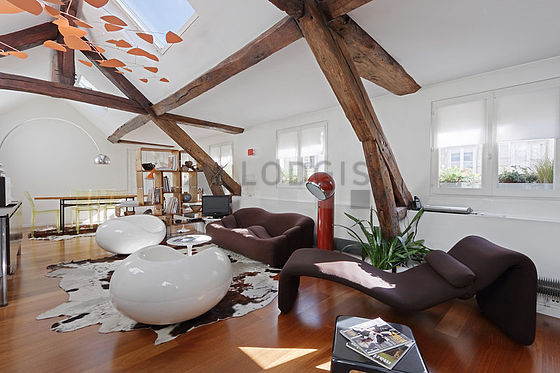 location appartement 1 chambre avec concierge paris 9 rue saulnier meubl 60 m pigalle. Black Bedroom Furniture Sets. Home Design Ideas