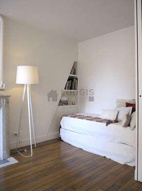 Chambre calme pour 1 personnes équipée de 1 lit(s) gigogne de 90cm