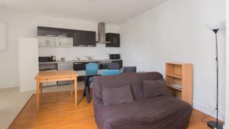 Appartement Rue De L'amiral Roussin Paris 15°