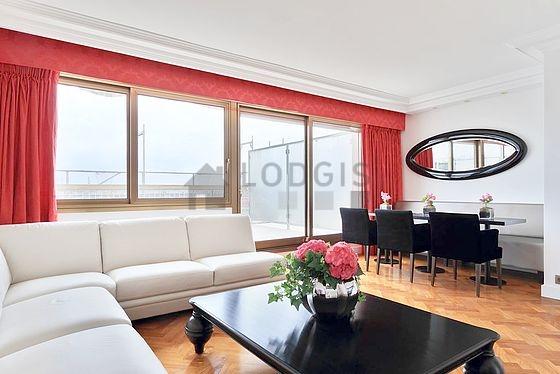 location appartement 2 chambres avec terrasse ascenseur et concierge paris 16 avenue raymond. Black Bedroom Furniture Sets. Home Design Ideas