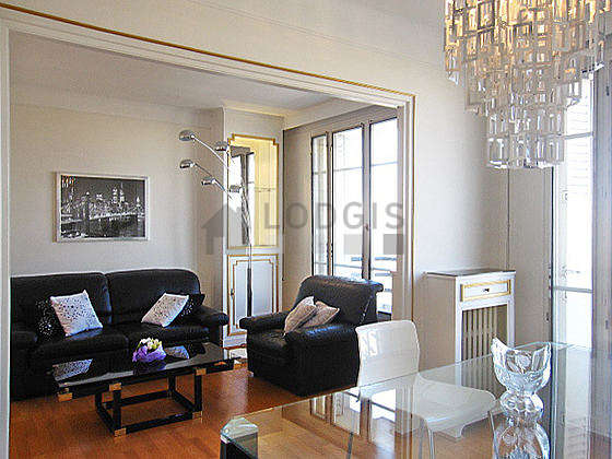 Location appartement 1 chambre avec ascenseur paris 17 for Appartement meuble paris long sejour
