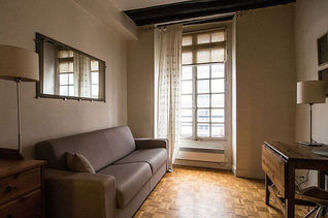 Studio Paris 4° Place des Vosges – Saint Paul