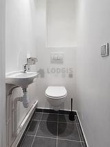 Apartamento Paris 5° - Sanitários