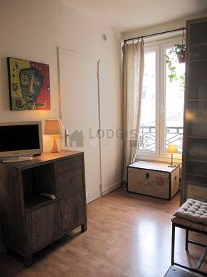 Very quiet living room furnished with 1 sofabed(s) of 140cm, tv, closet, storage space