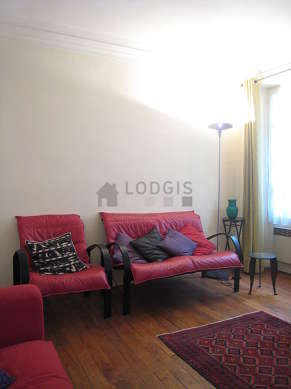 Quiet living room furnished with 1 sofabed(s) of 120cm, tv, 1 armchair(s)