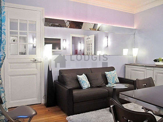 Very quiet living room furnished with 1 sofabed(s) of 140cm, tv, 5 chair(s)