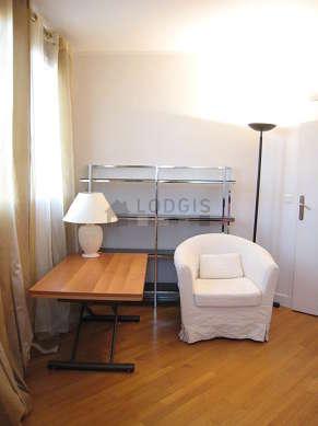 Chambre très calme pour 2 personnes équipée de 1 canapé(s) lit(s) de 160cm