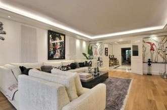 Arc de Triomphe – Victor Hugo Paris 16° 3 bedroom Apartment