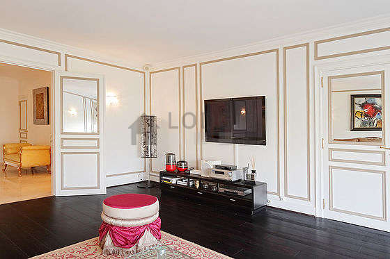 Location appartement 3 chambres avec terrasse piano et for Appartement meuble paris long sejour