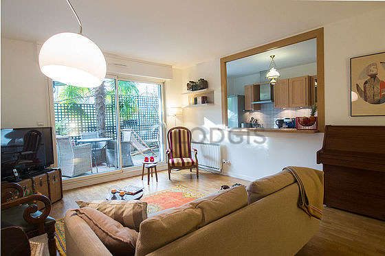 Very quiet living room furnished with 1 sofabed(s), tv, hi-fi stereo, 2 armchair(s)