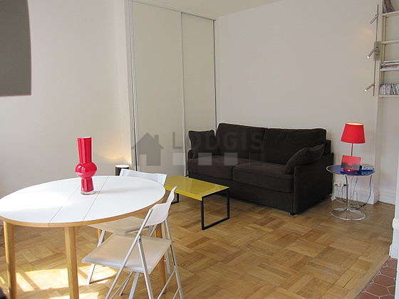 Very quiet living room furnished with 1 sofabed(s) of 160cm, tv, dvd player, wardrobe