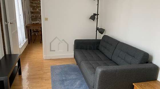 Very quiet living room furnished with 1 sofabed(s) of 120cm, tv, 4 chair(s)