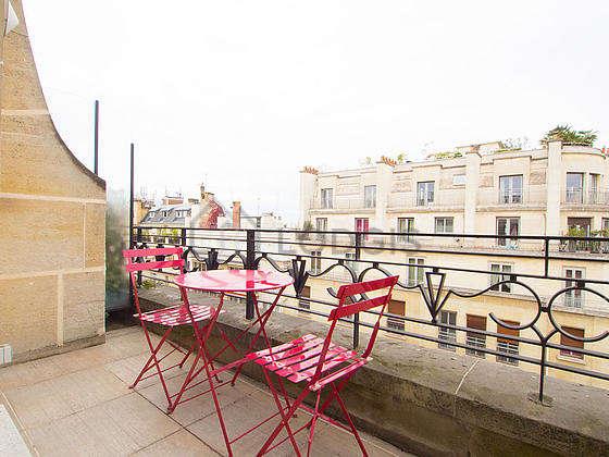 Location appartement 1 chambre avec animaux accept s for Appartement terrasse paris 16