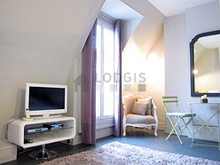 Appartement Paris 9° - Alcove
