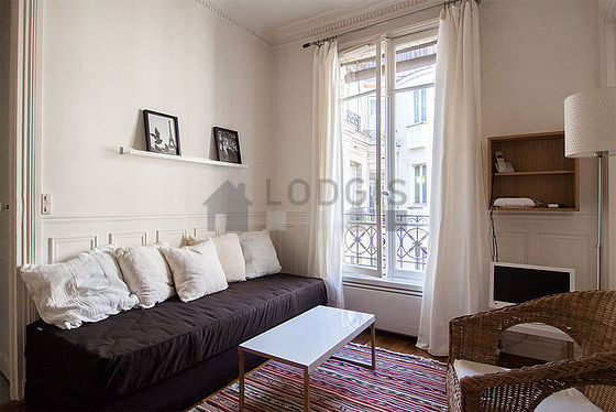 location appartement 1 chambre avec local v los paris 15 rue f lix faure meubl 30 m. Black Bedroom Furniture Sets. Home Design Ideas
