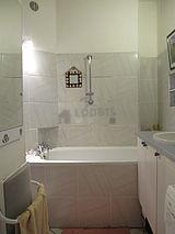 デュプレックス パリ 9区 - バスルーム