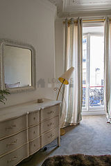 Apartment Paris 9° - Bedroom