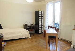 Studio Paris 15° Commerce – La Motte Picquet