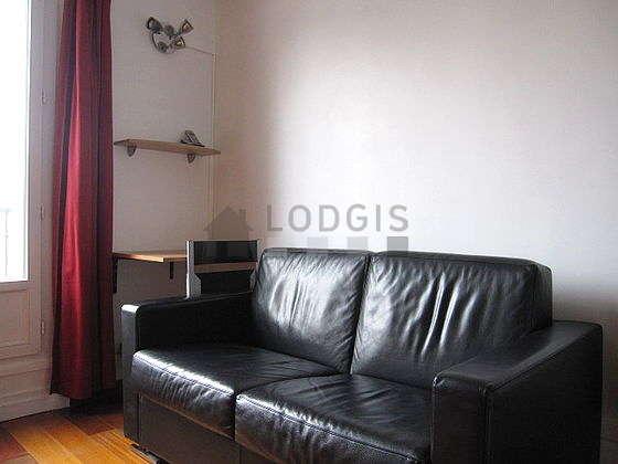 Chambre calme pour 2 personnes équipée de 1 canapé(s) lit(s) de 120cm