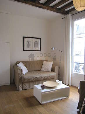 Séjour calme équipé de 1 canapé(s) lit(s) de 120cm, 1 fauteuil(s)