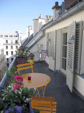 Terrasse équipée de table à manger, 4 chaise(s)