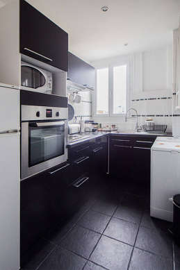 Beautiful kitchen of 5m² with its tile floor