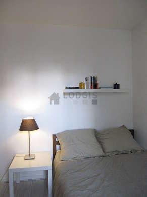 Chambre pour 4 personnes équipée de 1 lit(s) de 140cm, 1 canapé(s) lit(s) de 140cm