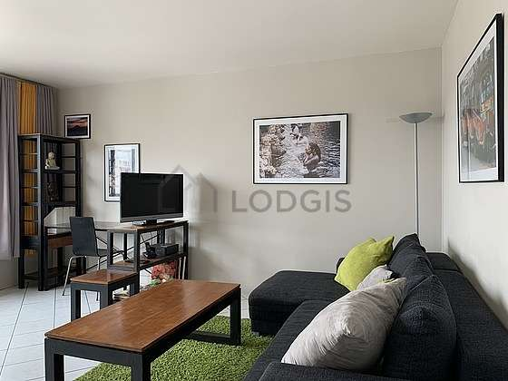 Quiet living room furnished with 1 sofabed(s) of 160cm, tv, dvd player, 1 chair(s)