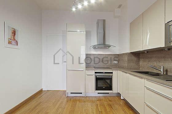 Magnifique cuisine de 8m² avec du parquet au sol
