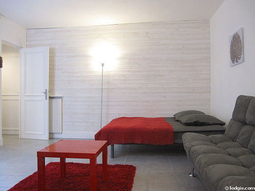 Very quiet living room furnished with 1 sofabed(s) of 140cm, 1 bed(s) of 140cm, tv, wardrobe