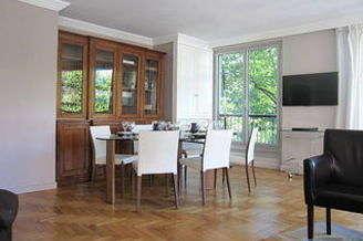 Appartement 2 chambres Paris 7° Rue du Bac – Musée d'Orsay