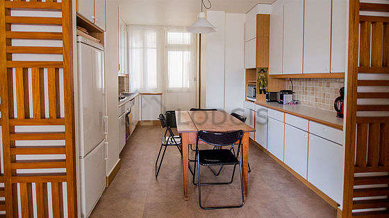 Great kitchen of 11m² with linoleum floor
