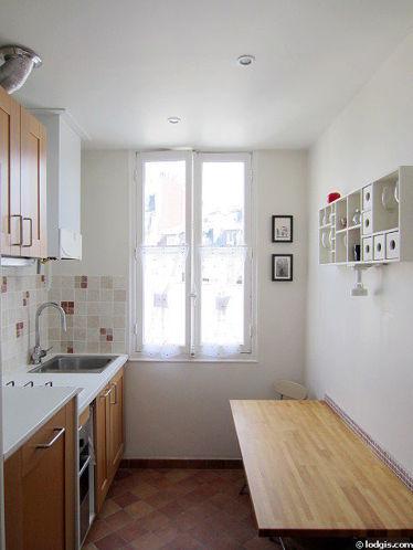 Cuisine dînatoire pour 2 personne(s) équipée de lave linge, sèche linge, réfrigerateur, hotte