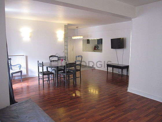 Quiet living room furnished with 1 sofabed(s) of 140cm, tv, 6 chair(s)