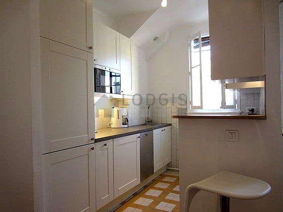 Magnifique cuisine de 10m² avec du parquet au sol