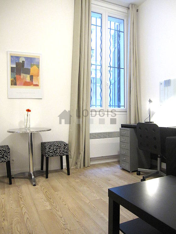 Location appartement 1 chambre paris 18 rue eug ne sue for Location appartement meuble paris