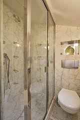 Dúplex Paris 1° - Casa de banho