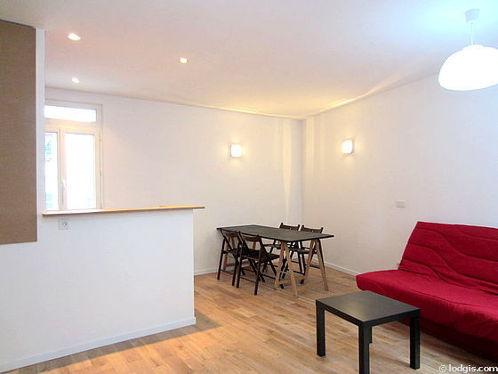 Location Studio Paris 15 Rue Du Docteur Roux Meublé 32 M²
