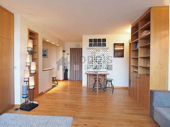 Séjour calme équipé de 1 lit(s) armoire de 160cm, air conditionné, téléviseur, chaine hifi