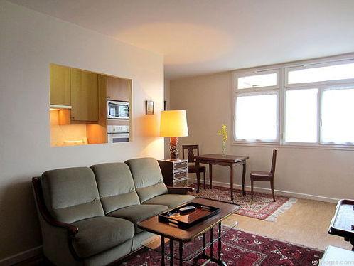 Living room with its linoleum floor
