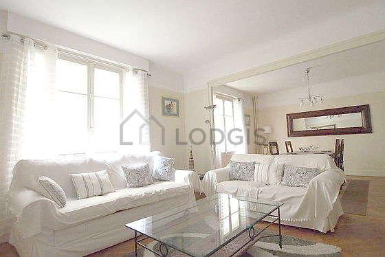 Location appartement 1 chambre avec animaux accept s et for Appartement meuble paris 16
