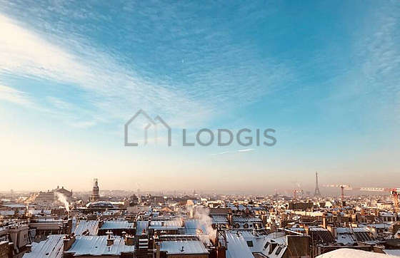Very quiet living room furnished with 1 bed(s) of 140cm, hi-fi stereo, wardrobe, cupboard