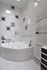 Duplex Paris 18° - Salle de bain