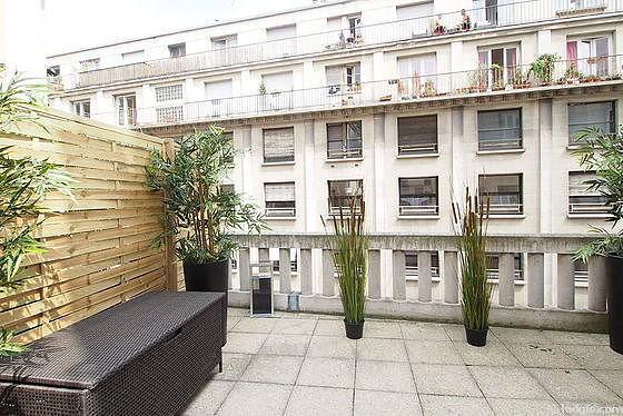 Terrasse équipée de 3 fauteuil(s)