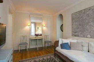 La Chapelle Париж 18° 1 спальня Квартира