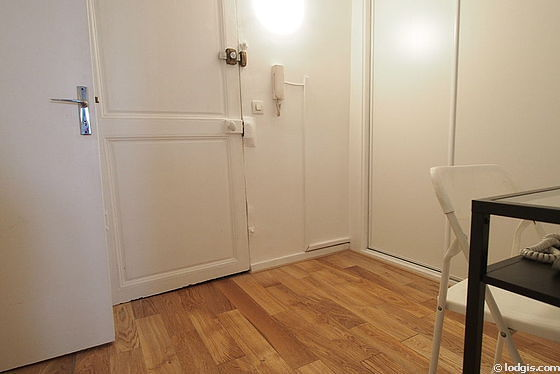 Entrance with wooden floor