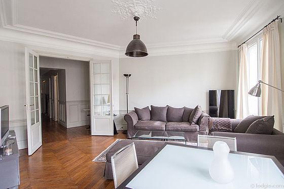 location appartement 1 chambre avec ascenseur et chemin e paris 16 avenue th ophile gautier. Black Bedroom Furniture Sets. Home Design Ideas