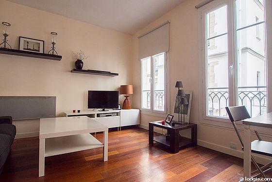 Studio Apartment Paris paris châtelet – les halles (rue des precheurs) | monthly