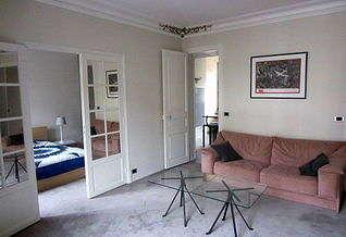 Ternes – Péreire パリ 17区 2ベッドルーム アパルトマン